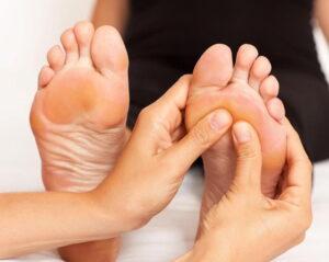 масаж на стъпало при артрит